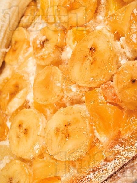 Бананов пудинг с грис и сметана - снимка на рецептата